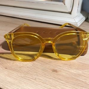 A.J. Morgan Yellow Sun glasses